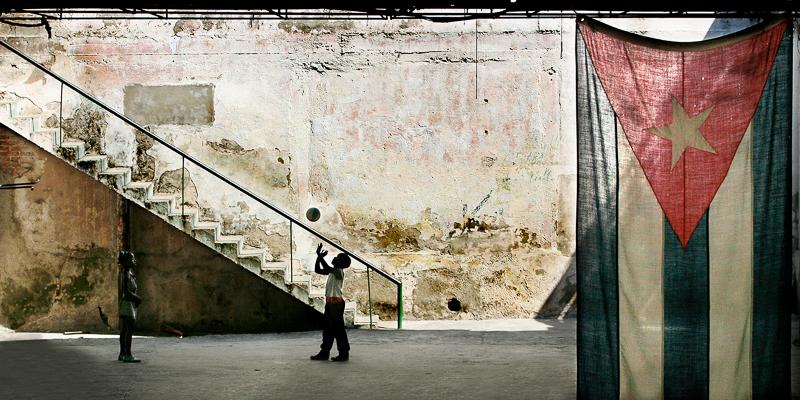 """""""THE STAIRS"""" Zanetti Mirko AFI-EFIAP, Anzola dell'Emilia (BO)"""