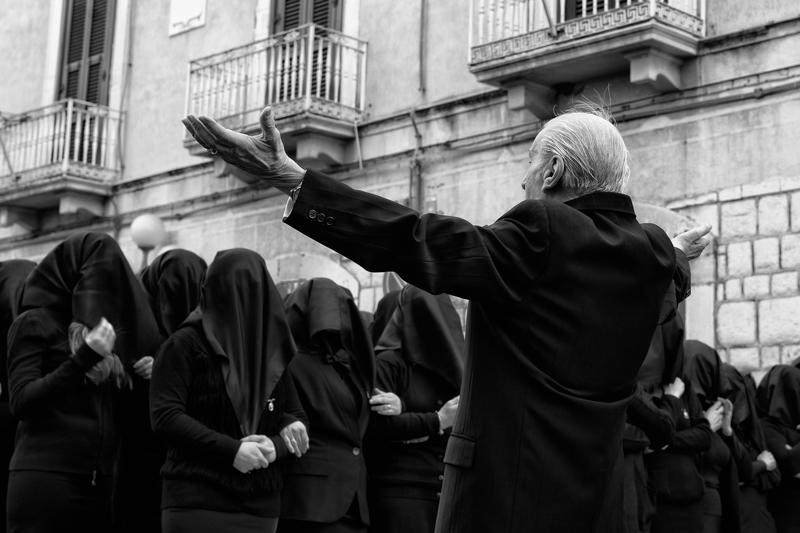 THE-SONG-OF-DESOLATEDi-Candia-Lorenzo-EFIAP_bManfredoniaFG-Manfredonia-Fotografia